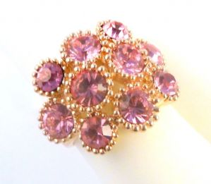 Large Chunky Pink Rhinestone 18ct Gold Plated Dress Ring.